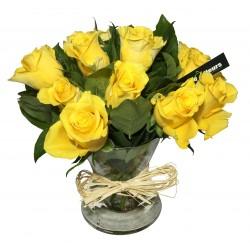 Vase de Rose en jaune - Place O Fleurs